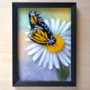 Oksana_Ball_Butterfly_Chamomiles_Frame_1